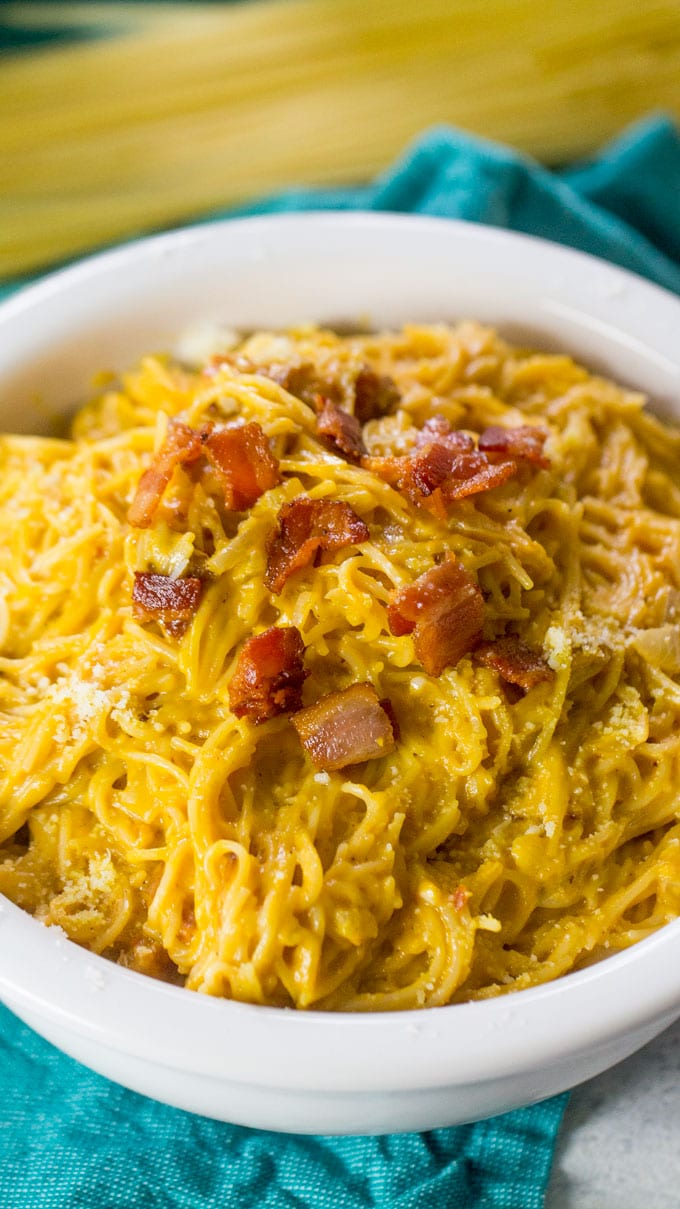 Pumpkin Pasta with bacon is creamy and delicious, easily made in one pot in 30 minutes only.