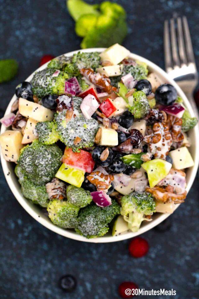 easy broccoli blueberry salad