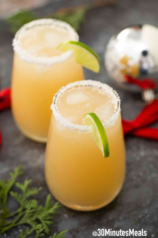 easy white christmas margarita