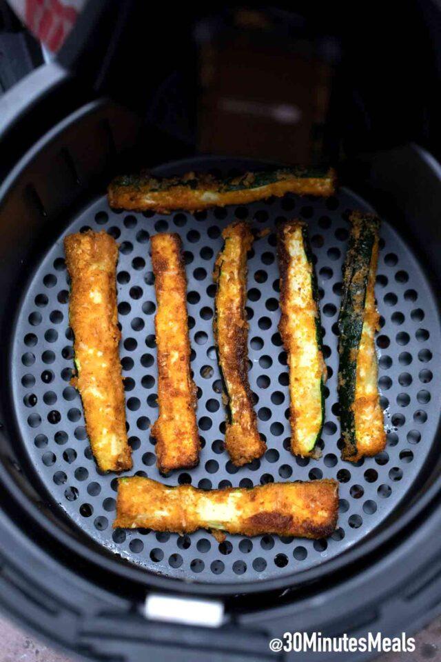 homemade air fryer zucchini fries