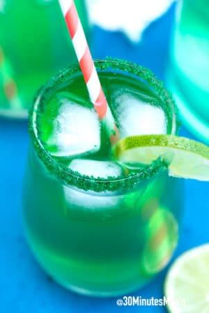 easy shamrock sour drink
