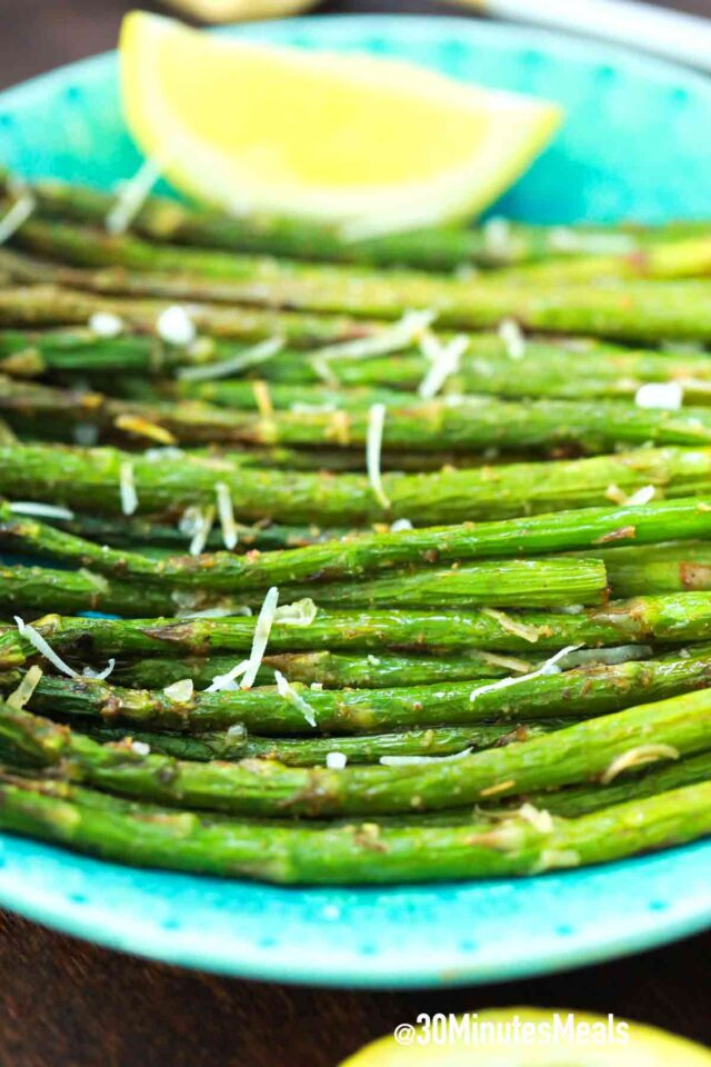 easy crispy air fryer asparagus