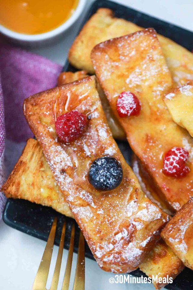 easy crispy air fryer french toast sticks