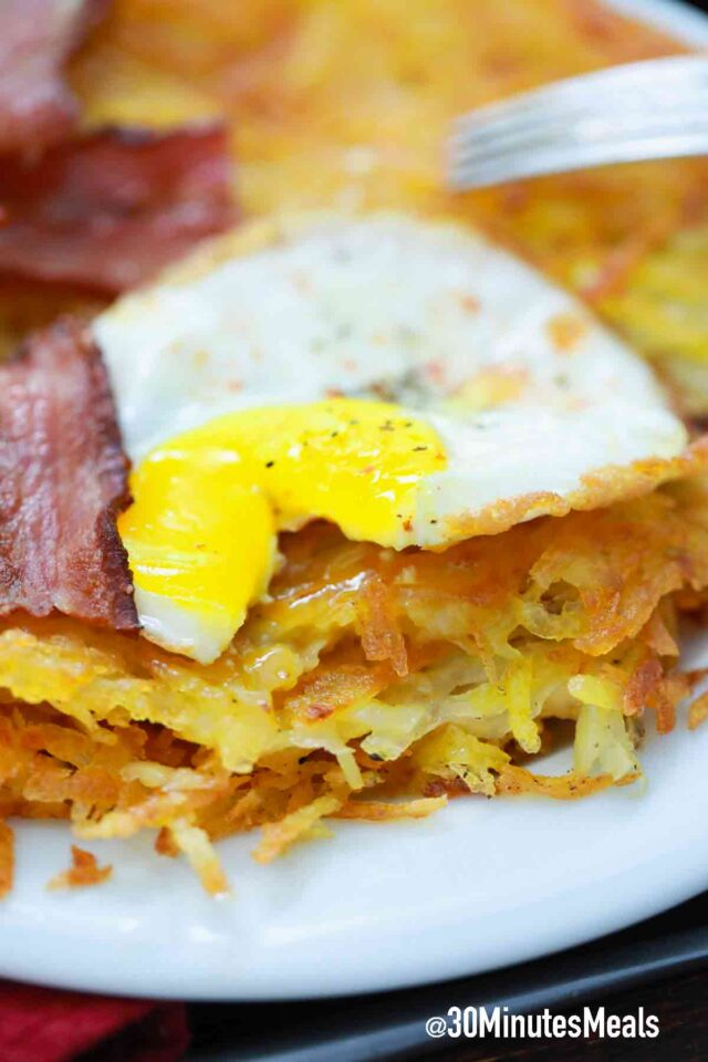 crispy hash browns with egg